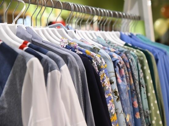 В Астрахани продавали поддельную одежду под видом известных фирм