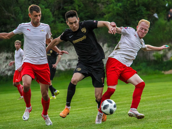 Премьер-лига КФС: судьба медалей решится в последнем туре чемпионата