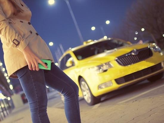 Россияне больше тратятся на такси по вечерам воскресений и понедельников