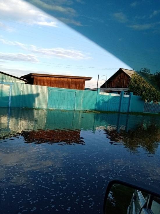 В Бичурском районе Бурятии река затопила четыре улицы