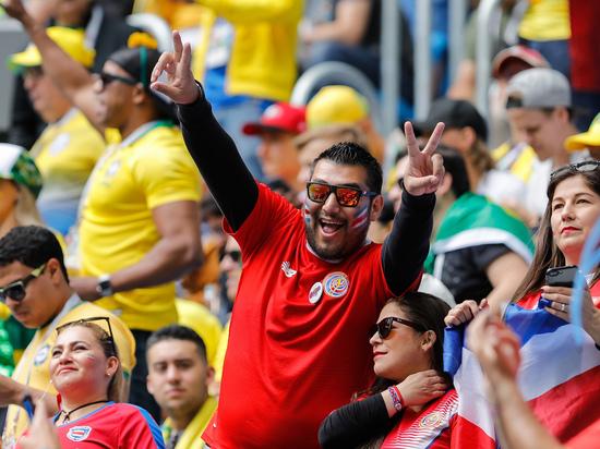 На время проведения чемпионата по футболу Евро‑2020 в Петербурге частично ограничат продажу алкоголя