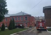 Медперсонал рязанской больницы затрудняется ответить, что послужило причиной ночного пожара в реанимационном отделении, в результате которого погибли 3 человека