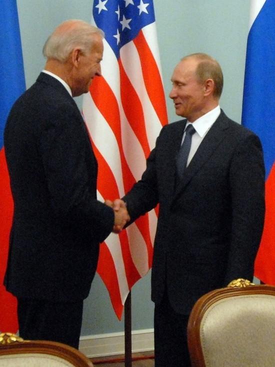 МИД: Россия не ожидает прорыва от встречи Путина и Байдена