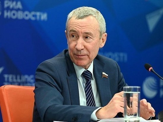 Уже четыре года как в Совете Федерации была создана Временная комиссия СФ по защите государственного суверенитета и предотвращению вмешательства во внутренние дела Российской Федерации