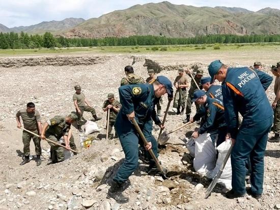 В районе Кызыла зафиксирован спад воды реках Большой и Малый Енисей