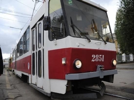 Трамваи № 2, 6, 12 снова начали ходить по улице Ангарской в Волгограде