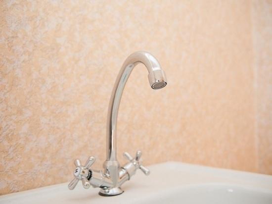 Фонду госимущества Астраханской области за долги отключили горячую воду