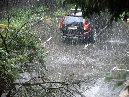 На Дону снова объявлено штормовое предупреждение