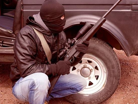 В Пскове в рамках учения «террористы» захватили двух «заложников» и открыли огонь