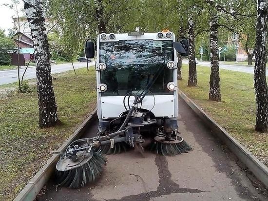 Коммунальные службы Серпухова продолжили приводить город в порядок