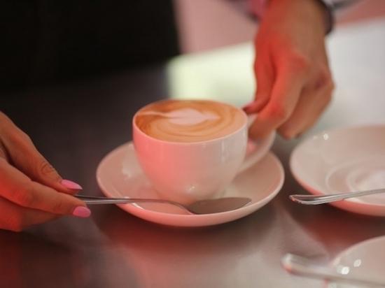 Чрезмерное употребление кофе увеличивает риск развития глаукомы