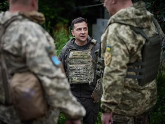 Донбасская гастроль: Зеленский — в «лифчике», Саакашвили — в халате