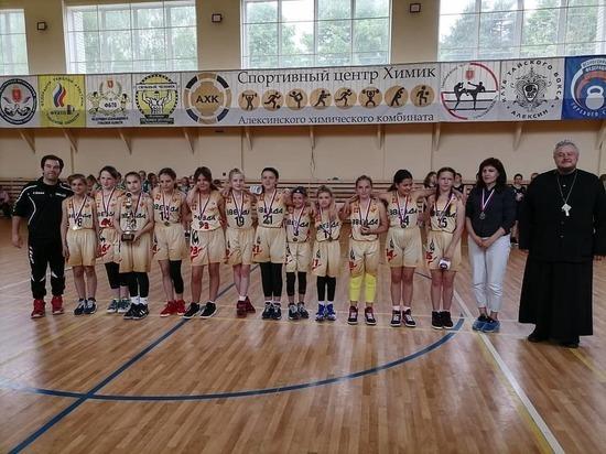 Спортсменки из Серпухова выступили на Кубке по мини-баскетболу