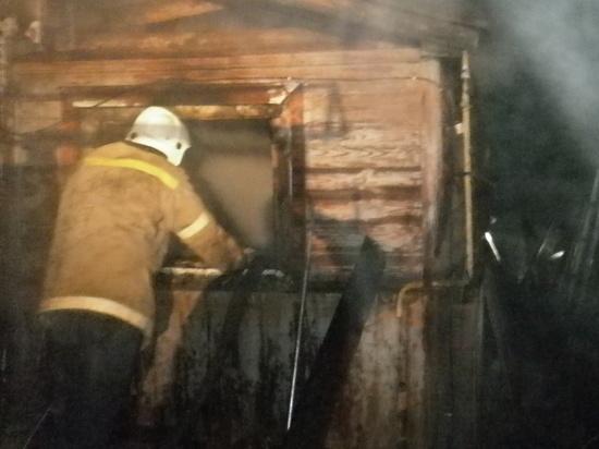 В Ивановской области семь пожарных тушили загоревшийся нежилой дом
