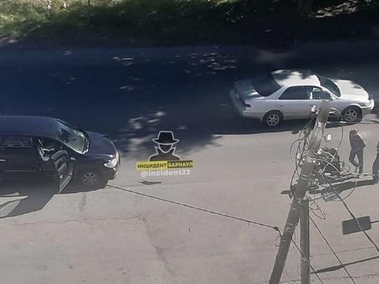 Пешехода сбили на улице Советской Армии в Барнауле