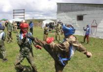 Однажды в выходные жители садоводств, прилегающих к поселку Плишкино, решили, что в окрестных лесах началась война – ну, или как минимум проходят учения спецназа ГУФСИН, чей полигон располагается неподалеку