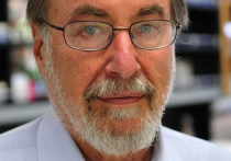 Ведущий биолог, нобелевский лауреат Дэвид Балтимор опроверг свою теорию лабораторной утечки COVID-19