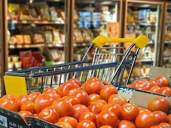 За месяц в Псковской области подешевели помидоры, яйца и яблоки