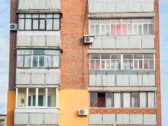 Двухлетний мальчик выпал из окна на Народной улице