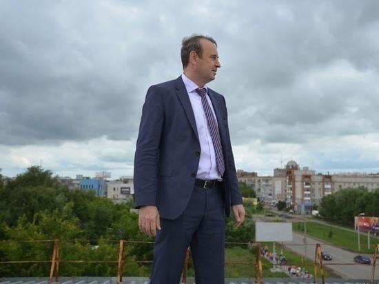 С бывшего мэра Копейска взыскивают более 1,8 миллиона рублей, полученных в качестве взяток