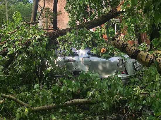 Часть Белогорска осталась без электричества из-за шторма с градом