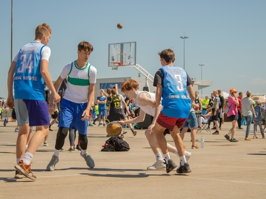 Участники фестиваля «Самый спортивный» посоревновались в 50 дисциплинах