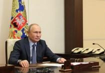 Двадцать с лишним лет прямого или непрямого пребывания Владимира Путина у руля верховной власти в России позволяют с уверенностью говорить: ВВП страшен в открытом гневе, но к его произносимым подчеркнуто спокойным тоном завуалированным ультимативным предупреждениям стоит относиться не менее серьезно