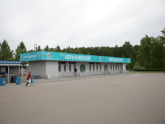 Бизнесменам разрешили торговать рядом с «Газпром Ареной»