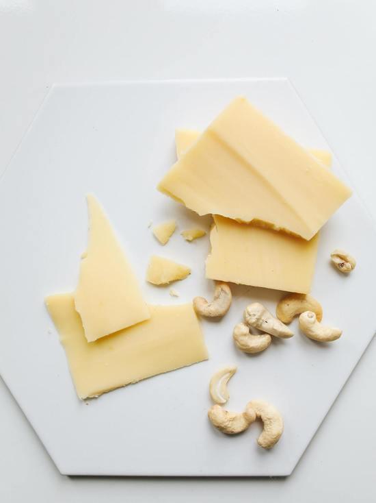За кражу сыра и кофе псковичке грозит колония