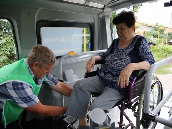 Мобильные бригады отвезли около 7,5 тыс. волгоградцев в медучреждения
