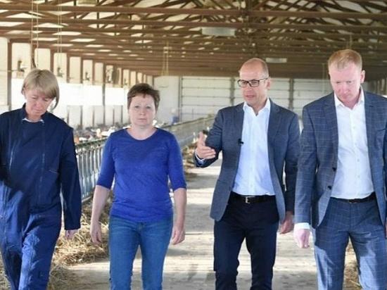 Александр Бречалов посетил производство продуктов из козьего молока в Воткинском районе