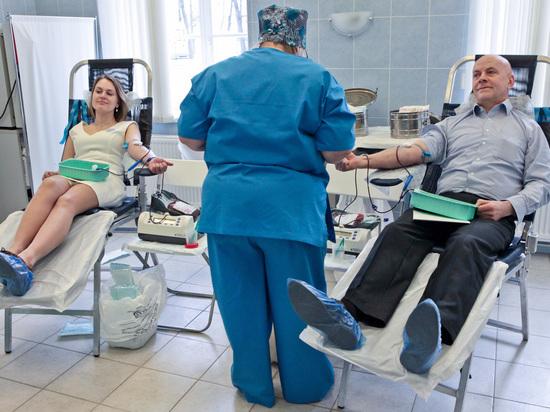 Врачам нужно больше крови: петербуржцев просят принять участие в донорской акции