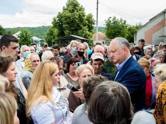 Граждане Молдовы массово поддерживают Блок Коммунистов и социалистов