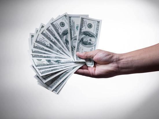 Штаты выплатят бонус в $2000 тем, кто готов вернуться на работу