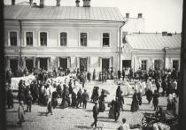 Дом коллекционера Плюшкина показали псковские архивисты