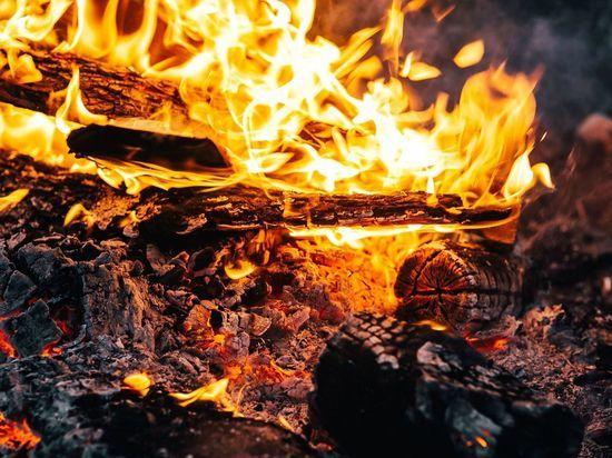 В Бурятии тушили лесной пожар