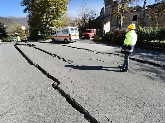 Землетрясение магнитудой 5,5 произошло у побережья Индонезии