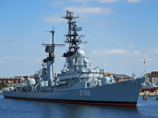 Эсминец США «Лабун» отправился в Черное море