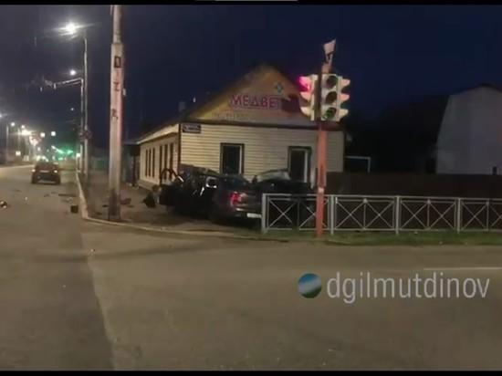 Трое жителей Башкирии получили травмы в ДТП