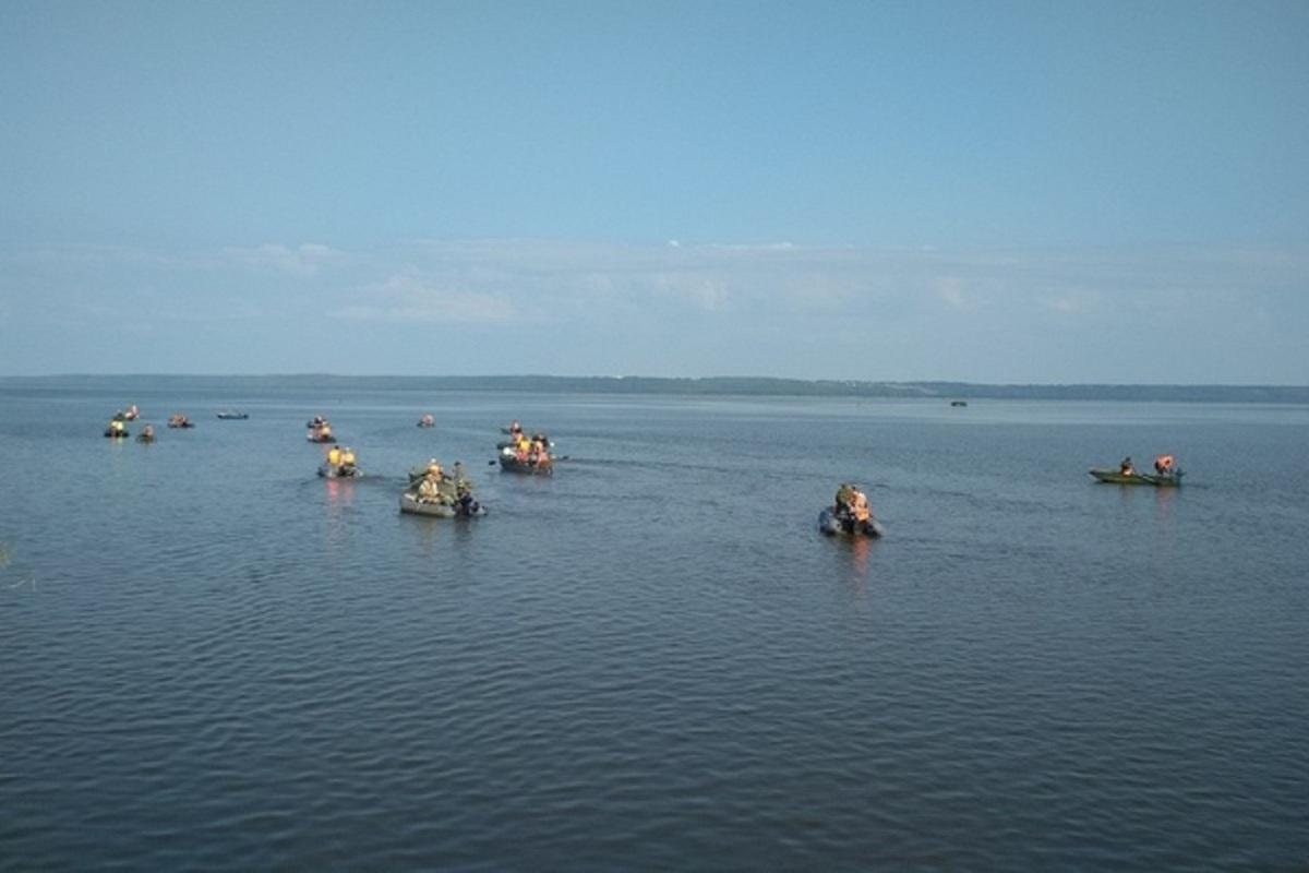 Костромские экологи будут состязаться в очистке озера от браконьерского мусора
