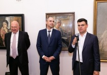 Металлоинвест организовал презентацию выставки «Выход из тени. Женщины в истории русского искусства XVIII-XX веков» в Оренбурге