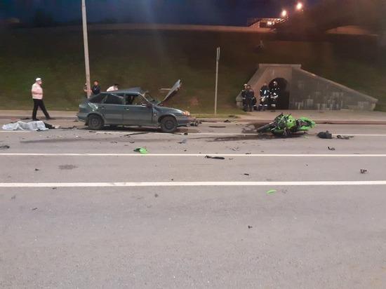 В страшном ДТП в Волгограде погибли мотоциклист и водитель ВАЗа