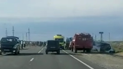 Столкновение маршрутки с легковушкой в Астраханской области сняли на видео