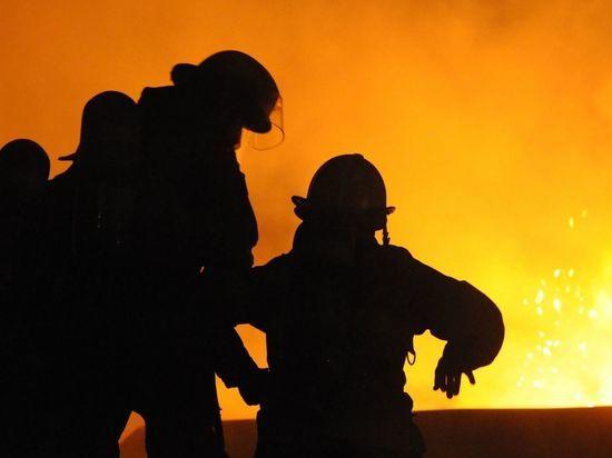 Пожар в петербургской коммуналке унес жизнь женщины