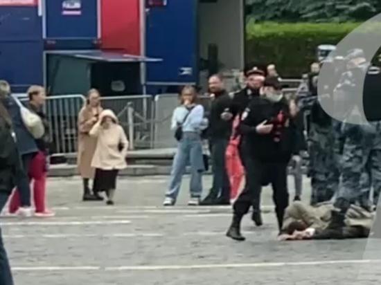 Стрелявший на Красной площади Павел Крисевич остался живым
