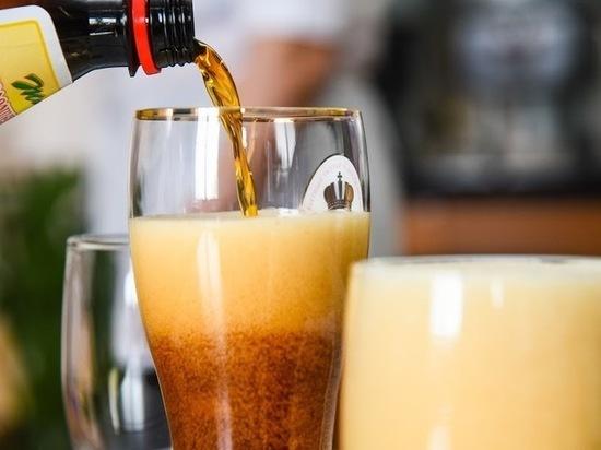Врачи назвали два напитка, вызывающих обострение артрита