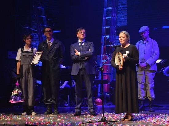 Сергей Безруков наградил победителей на фестивале «Фабрика Станиславского»