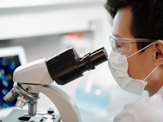 Наши ученые указали на косвенные доказательства рукотворного происхождения SARS-CoV-2