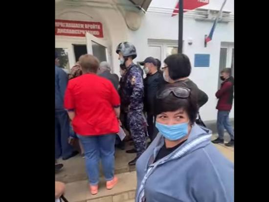 Граждан не пускали в лечебное учреждение из-за не соблюдения ковид-норм
