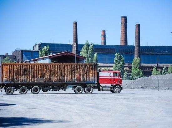 В Волгограде дальнобойщики оспорили 350 штрафов за перевес
